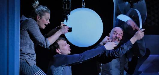 Cesta do hlubin dětské virtuální duše v Naivním divadle