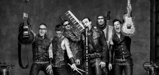 Kapela Rammstein vyjede na evropské stadionové turné. Vyprodá opět dvakrát pražský Eden?