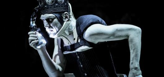 Poslední večer Pražského divadelního festivalu německého jazyka se nesl ve znepokojivém duchu za přítomnosti Richarda III.
