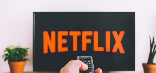 10 seriálů dostupných na Netflixu s českými titulky