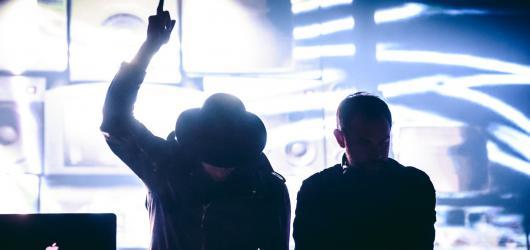 Dubstepové trio Nero se vrací do Česka. Poprvé vystoupí v Praze