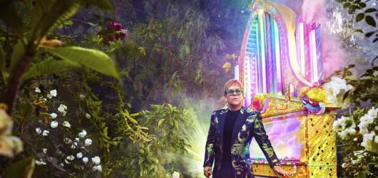 Elton John se s fanoušky rozloučí na světovém turné. Dorazí i do Prahy