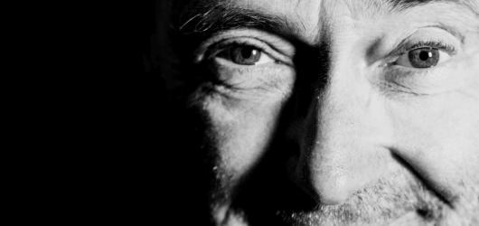 Phil Collins se vrací na hudební pódia! Nezapomněl ani na své české fanoušky