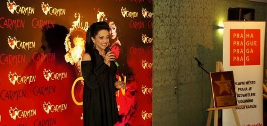 Lucie Bílá odhalila v Hudebním divadle Karlín svou hvězdu. Září zde v muzikálech Carmen a Sestra v akci