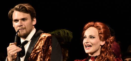 Sherlock Holmes opustil Baker Street, aby nabídl v Hudebním divadle Karlín konečně kvalitní původní český muzikál
