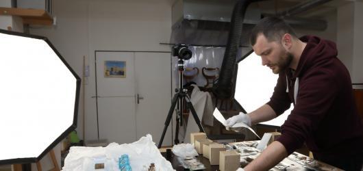 Jak vypadá práce konzervátora, prozrazuje výstava v domě U Zlatého prstenu