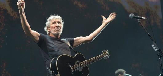 Roger Waters v Praze: Nostalgie, politika a kázání o válce a míru