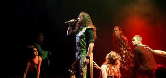 Oidipus Tyranus se pro letošek loučí. Poslední představení v Praze chystá RockOpera již 14. června