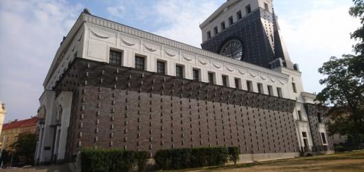 Deset architektonických skvostů z éry první republiky otevře na podzim Open House Praha