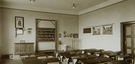 Jak se učilo za první republiky? Výstava v pedagogickém muzeu se zaměří i na méně známé aspekty meziválečného školství