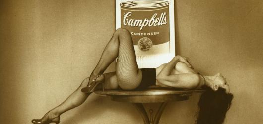 Selfíčko Warholky i spotřební Ježíš. Andyho odkaz v tvorbě současných umělců