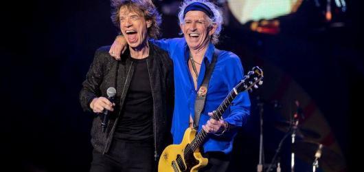 Rolling Stones v Praze rozhodně nevsadili jen na nostalgii. Dovezli poctivý rock v té nejryzejší podobě
