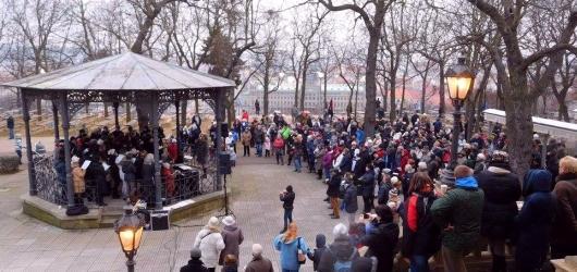 Kde si v Praze zdarma poslechnout i zazpívat tradiční Rybovku