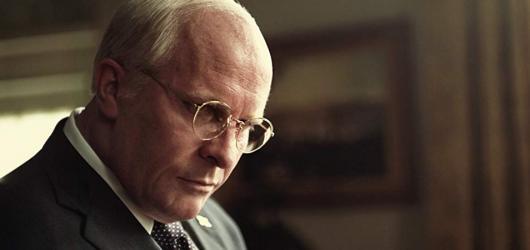 Nominacím na Zlaté glóby vládne americký viceprezident a remake hollywoodské klasiky