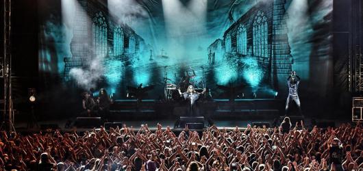 HammerFall, Amaranthe či Epica otřesou moravskokrumlovským zámkem. Koná se zde třetí ročník festivalu Rock Heart