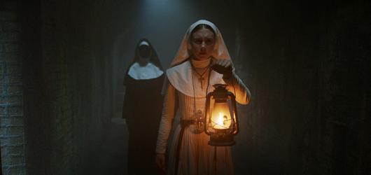 Sestra je jen chudou příbuznou V zajetí démonů