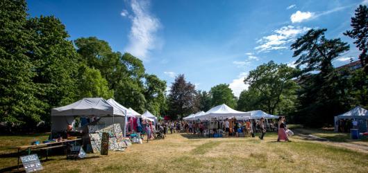 Design i hudba: MINT market oživí Karlovo náměstí