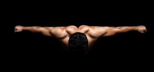 Po Výstavě skutečných nahých žen přicházejí muži. Příští víkend zaplní vinohradský Drive House