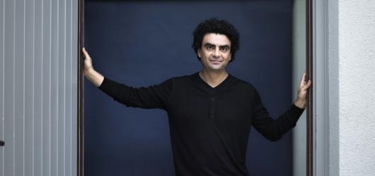 Rolando Villazón podpoří během benefičního koncertu v Praze nemocniční klauny