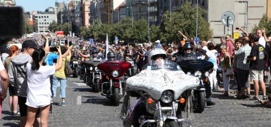 Holky a Mašiny - to nejlepší z oslav 115. výročí Harley – Davidson