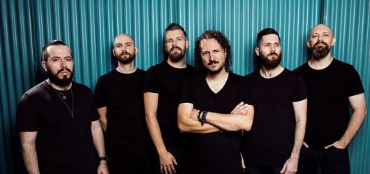 Tvrdší a metalovější Haken dorazí do Prahy představit svou novou nahrávku