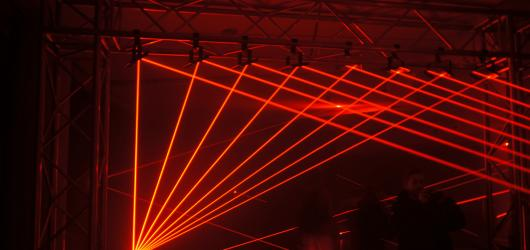 Fotoreport: Prahu rozzářil Signal Festival s tématem revoluce