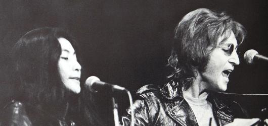 Před padesáti lety poprvé vystoupil John Lennon s novou skupinou Plastic Ono Band