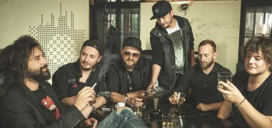 Kapela UDG se vydává na turné k oslavě dvacátých narozenin