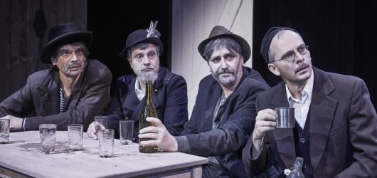Zimní divadelní nadílka: podívejte se na 8 premiér, které chystají pražská divadla