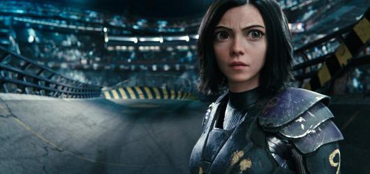 Alita zabije pár nepřátel, ukáže svou lidskou stránku a nechá nakouknout na úžasný svět daleké budoucnosti