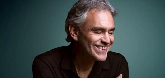 Listopadové kulturní novinky: Andrea Bocelli i Czech Press Photo