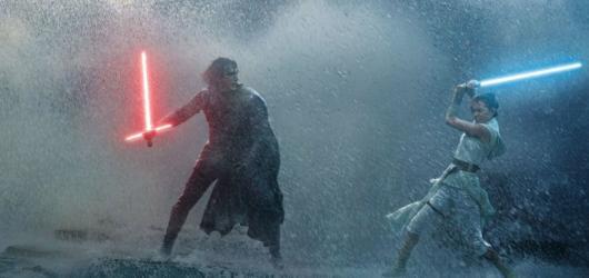 Star Wars: Vzestup Skywalkera jsou našlapaným epilogem. Nevyhnou se však opakování a tradičním galaktickým klišé