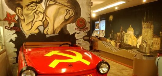 #MuzeumJinak: Trabant muzeum v pražském Motole vás vezme na cestu časem