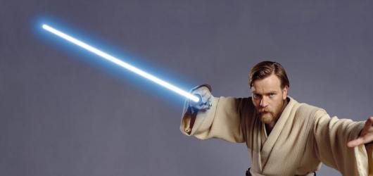 Ewan McGregor se zřejmě vrátí jako Obi-Wan Kenobi. Bude mít vlastní seriál