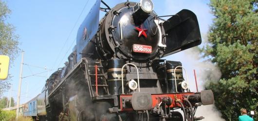 Víkendové akce v Praze: Gallagher i Morcheeba na festivalu, oslava francouzského vína a jízdy parním vlakem