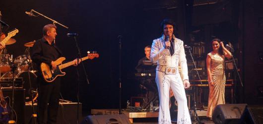 Don\'t Be Cruel i My Way. One Night Of Elvis vyprodala pražské Divadlo Hybernia