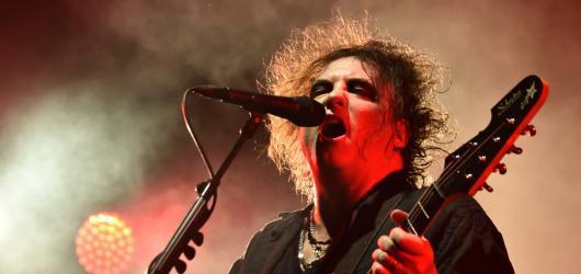 The Cure předvedli na Colours svou uhrančivou hudební sílu. Bodovali také Pierce Brothers a ZAZ