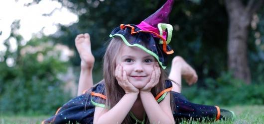 Čarodějnice na hradech a zámcích: pekelné síly, masky i programy pro děti