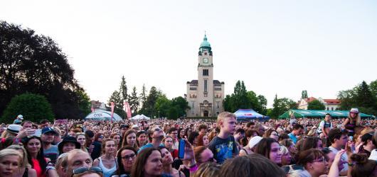Víkendové akce v Praze: 160 účinkujících v Bohnicích, narozeniny Světozoru i návrat do devadesátek