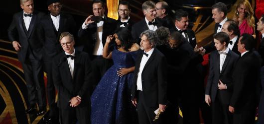 Oscary 2019: Filmem roku je překvapivě Green Book, nejvíc sošek posbíral snímek Bohemian Rhapsody