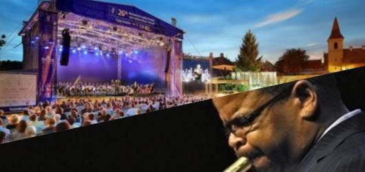 Hudební novinky, týden #12: Festival v Krumlově, jarní série tuzemských kapel i Trumpet Days v Jazz Docku