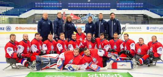 Doprovodný program letošních Colours of Ostrava přinese poctu para hokejistům i slam poetry