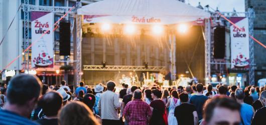Kolik stojí svoboda? Zeptá se festival Živá ulice a zavzpomíná na 30 let od sametové revoluce