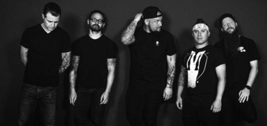 Zakladatelé metalcoru Atreyu dorazí s novým albem o smrtelnosti do Brna
