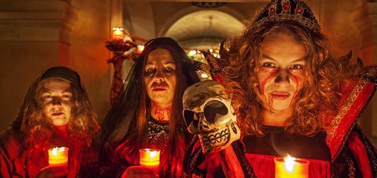 Kulturní podzim na Plzeňsku: Halloween na zámku, muzikálová cesta do Vídně i objevování středověkého podsvětí