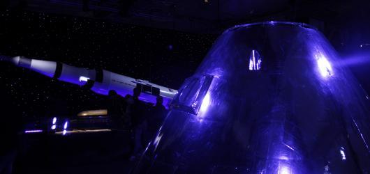 Od Sputniku po kolonizaci Marsu. Rozsáhlá výstava Cosmos Discovery obsadila Křižíkův pavilon