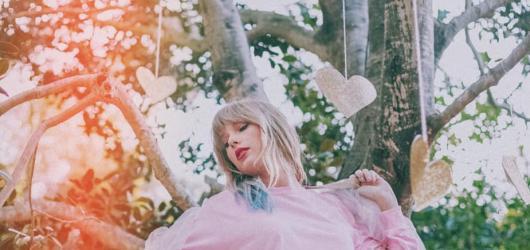 Videoklip roku natočila Taylor Swift. Hudební ceny MTV ocenily i Arianu Grande a Missy Elliott