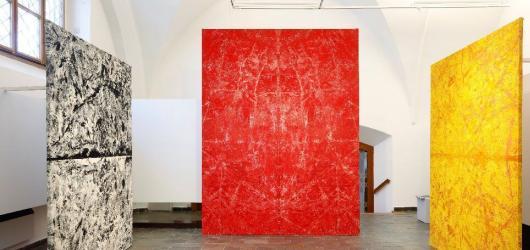 Galerie jako umělecké dílo. Interiér i exteriér Villy Pellé promění výtvarník Patrik Hábl