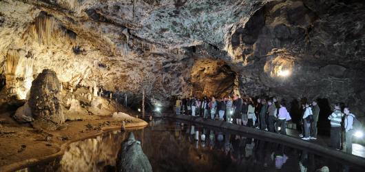 Jeskyně Moravského krasu: ideální výlet za každého počasí i nositelky mnoha nej