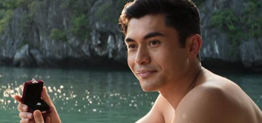 Zbohatlík ze Singapuru nebo tajemný manžel. Filmy, které nastartovaly kariéru vycházející herecké hvězdy Henryho Goldinga